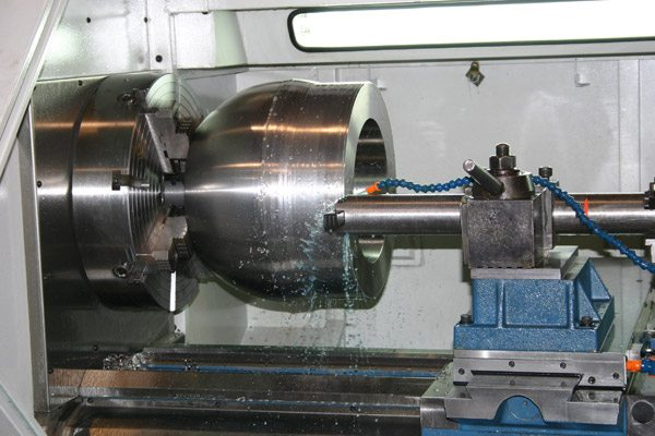 Manual Machining Vs Cnc Lathe Machining Choose One